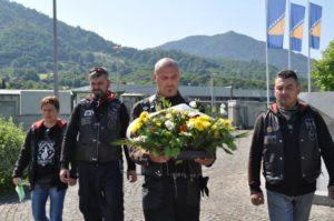 Odavanje počasti žrtvama genocida u Srebrenici